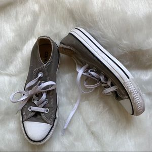 Converse Chuck Taylor All Star Sneakers in Grey